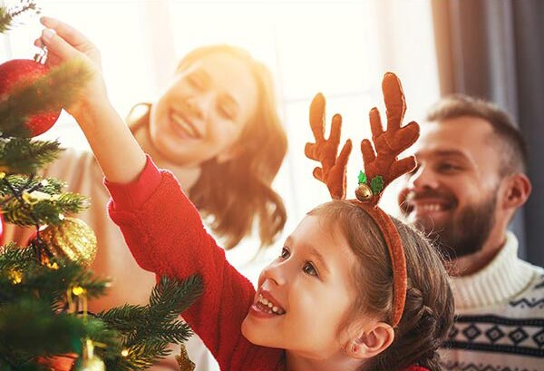 3 Reasons to Hire a Cleaning Service for the Holidays